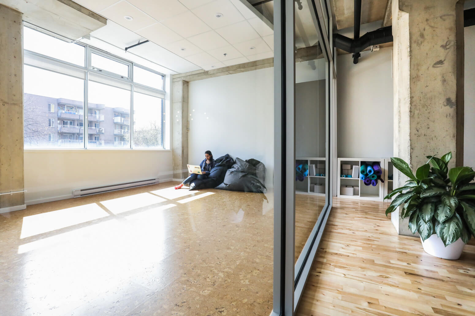 Shutterstock Montreal Office Killer Spaces-1