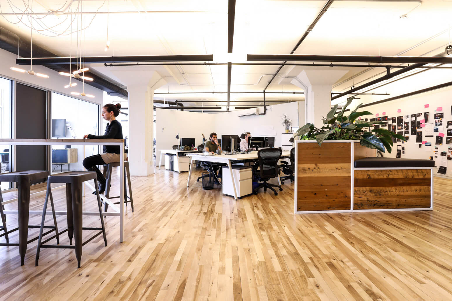 Shutterstock Montreal Office Killer Spaces-7