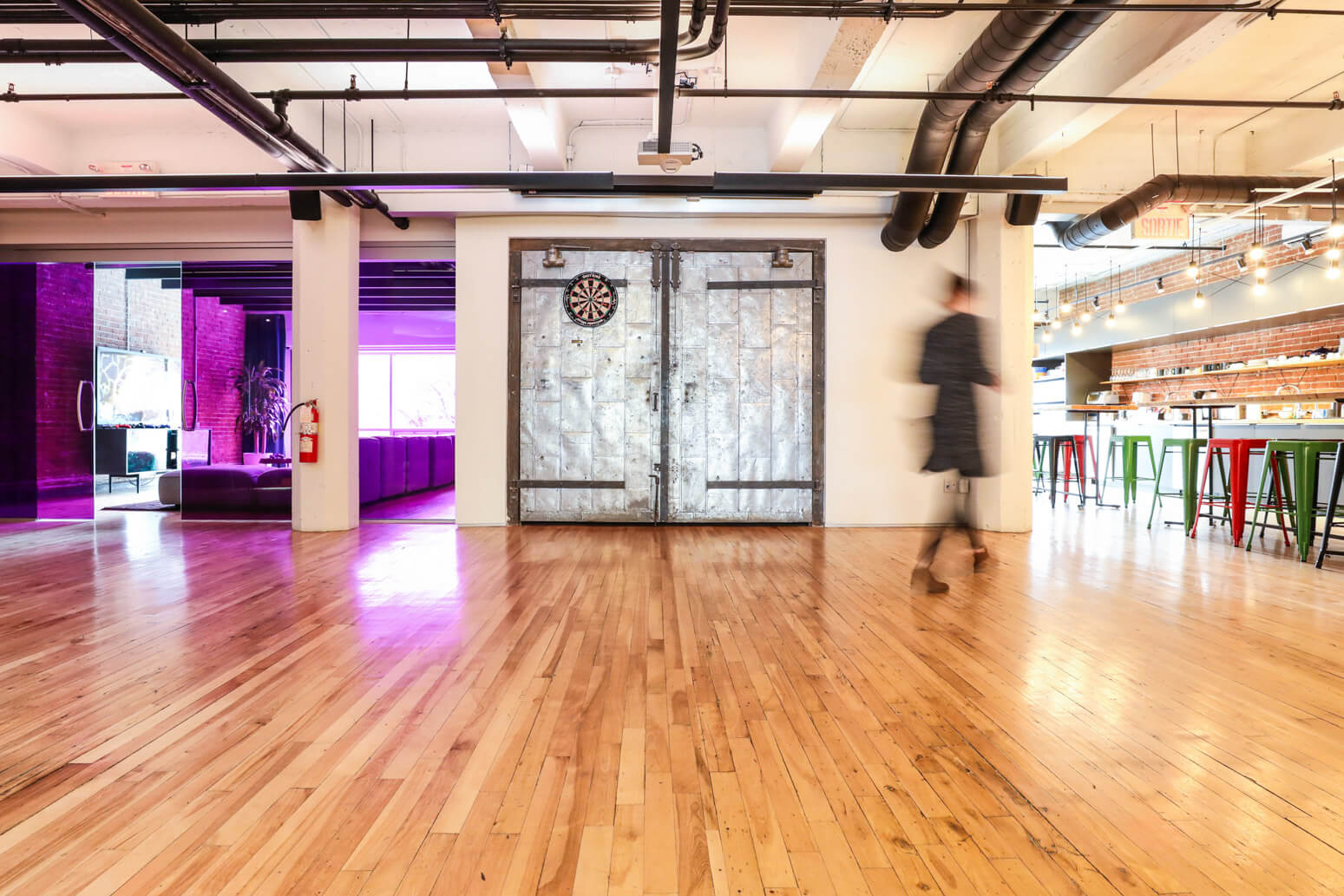 Shutterstock Montreal Office Killer Spaces-11