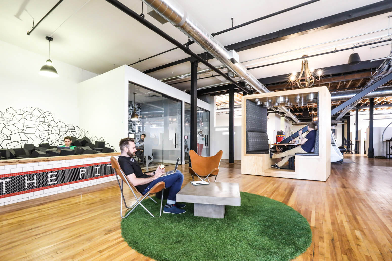 Vidyard Office Killer Spaces-10