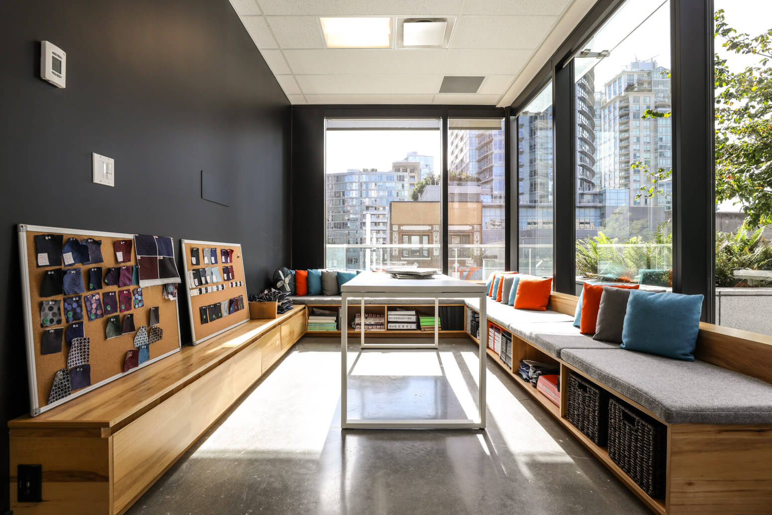 Indochino_Vancouver_Office_Killer_Spaces_Techvibes-8